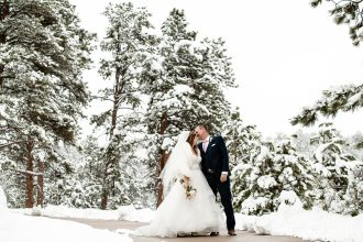 Surprise Spring Snow makes for Wedding Whimsy: Kelly and Tyson's Wedding